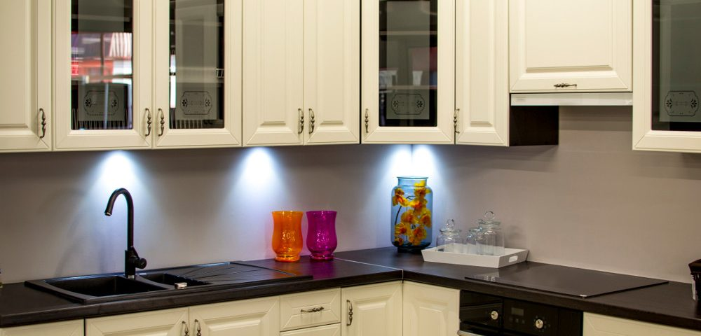 Can I Repaint My Kitchen Cabinets? (Birch Cabinets, Kitchen In Bellevue  Home.)   RitePainting