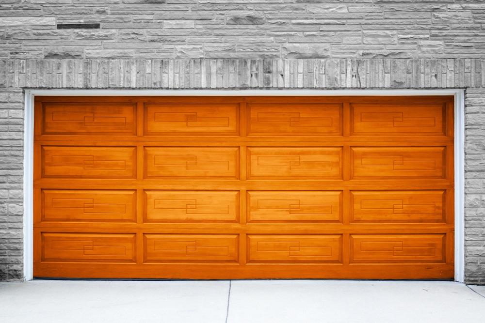 Color trends for 2017 garage doors ritepainting for Garage door trends 2017
