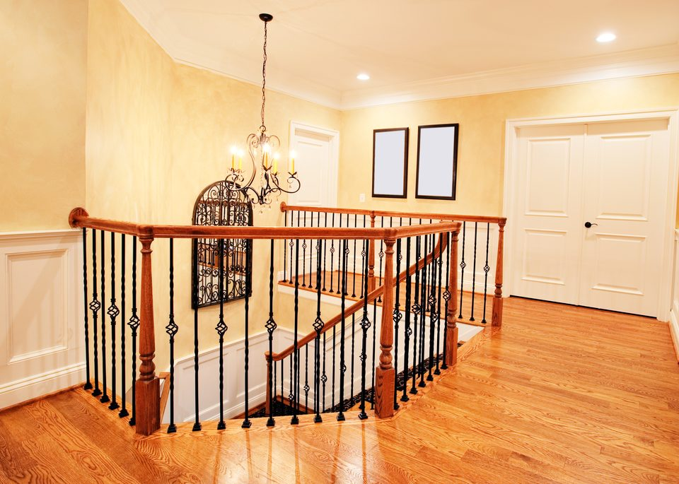 A Few Suggested Steps for Staining Interior Wood